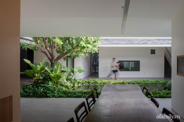 Gia đình 3 thế hệ với cuộc sống an yên trong ngôi nhà rợp mát bóng cây ở ngoại ô Sài Gòn - Ảnh 9.