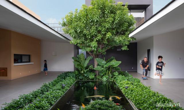 Gia đình 3 thế hệ với cuộc sống an yên trong ngôi nhà rợp mát bóng cây ở ngoại ô Sài Gòn - Ảnh 5.