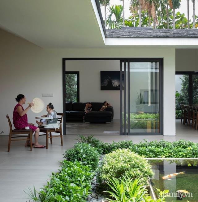 Gia đình 3 thế hệ với cuộc sống an yên trong ngôi nhà rợp mát bóng cây ở ngoại ô Sài Gòn - Ảnh 8.