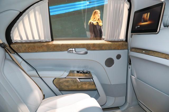 Rolls-Royce của nước Nga bắt đầu sản xuất đại trà - xe phục vụ Tổng thống Putin được bình dân hoá - Ảnh 11.
