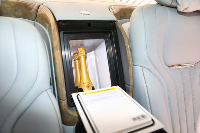 Rolls-Royce của nước Nga bắt đầu sản xuất đại trà - xe phục vụ Tổng thống Putin được bình dân hoá - Ảnh 10.