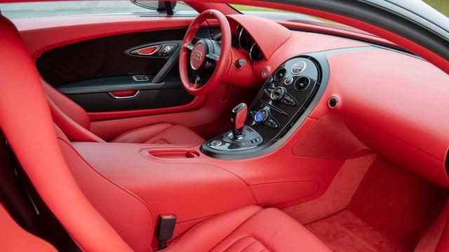 Siêu phẩm Bugatti Veyron Super Sport cuối cùng tìm chủ mới - Ảnh 3.