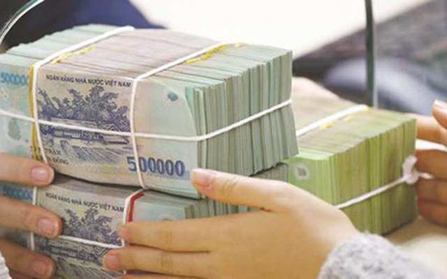 Lãi suất tiền gửi đang tăng, có nên gửi tiết kiệm lúc này? - Ảnh 2.