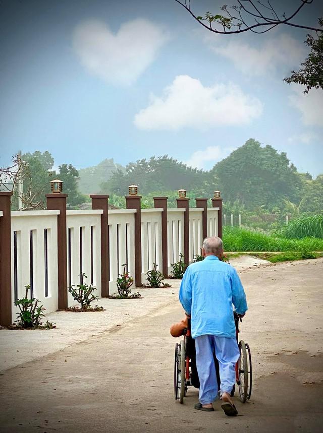 Cuộc sống an yên trong ngôi nhà có vườn hoa hồng quanh năm tỏa hương sắc của gia đình 3 thế hệ ở Ba Vì, Hà Nội - Ảnh 14.