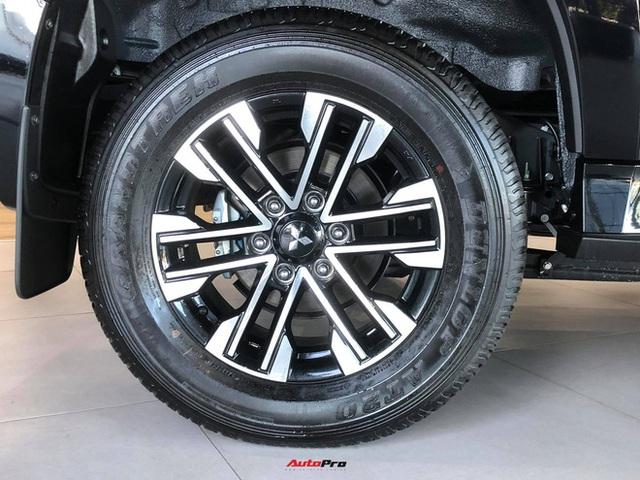 Mitsubishi Pajero Sport giảm kỷ lục 150 triệu đồng tại đại lý - Lựa chọn giá hời trước Toyota Fortuner và Ford Everest - Ảnh 13.