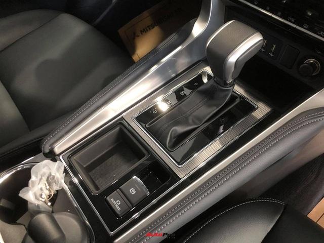 Mitsubishi Pajero Sport giảm kỷ lục 150 triệu đồng tại đại lý - Lựa chọn giá hời trước Toyota Fortuner và Ford Everest - Ảnh 14.