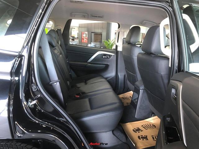 Mitsubishi Pajero Sport giảm kỷ lục 150 triệu đồng tại đại lý - Lựa chọn giá hời trước Toyota Fortuner và Ford Everest - Ảnh 15.