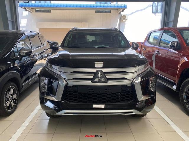 Mitsubishi Pajero Sport giảm kỷ lục 150 triệu đồng tại đại lý - Lựa chọn giá hời trước Toyota Fortuner và Ford Everest - Ảnh 3.