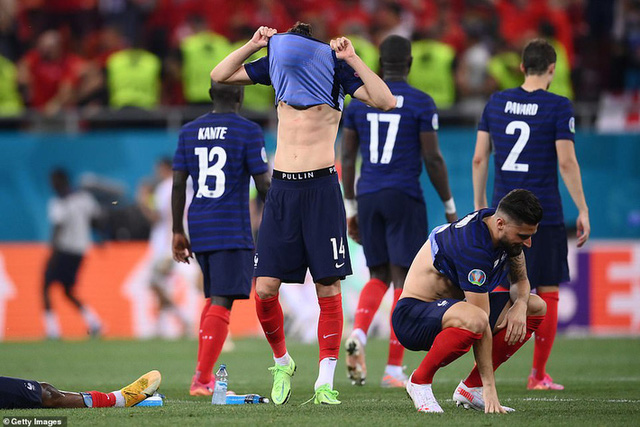 EURO 2020 - một kỳ EURO đặc biệt: Ông lớn ảo tưởng sức mạnh - bảng tử thần thành bảng lót đường và sự trỗi dậy của bóng đá tinh thần - Ảnh 3.
