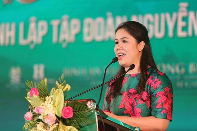 Chân dung ông trùm giáo dục tư nhân ở Việt Nam: Từ cửa hàng bán máy tính trở thành tập đoàn giáo dục đa cấp, lấn sân làm bất động sản du lịch - Ảnh 3.