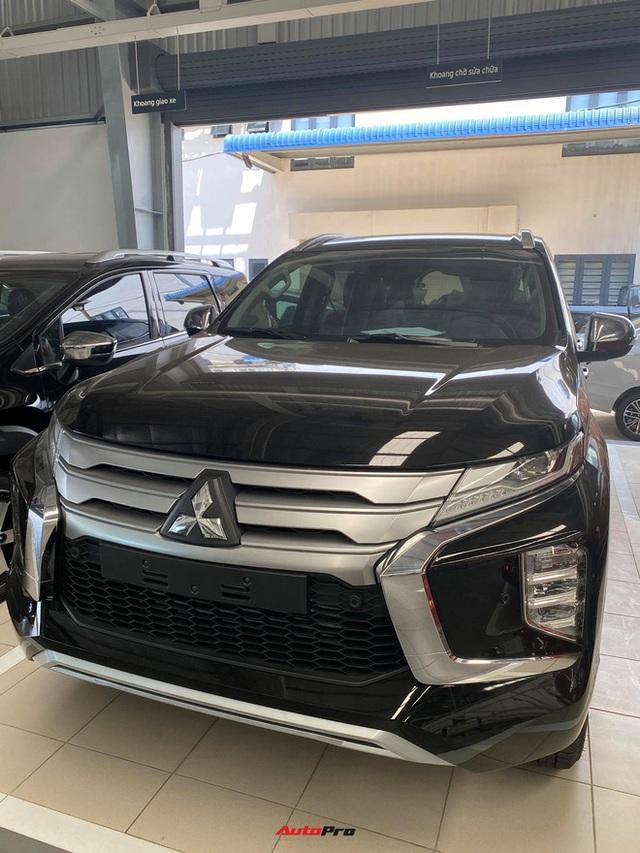 Mitsubishi Pajero Sport giảm kỷ lục 150 triệu đồng tại đại lý - Lựa chọn giá hời trước Toyota Fortuner và Ford Everest - Ảnh 4.