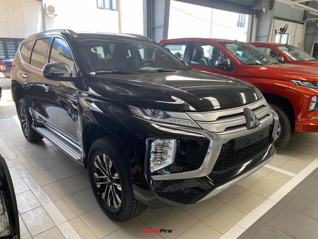 Mitsubishi Pajero Sport giảm kỷ lục 150 triệu đồng tại đại lý - Lựa chọn giá hời trước Toyota Fortuner và Ford Everest - Ảnh 6.