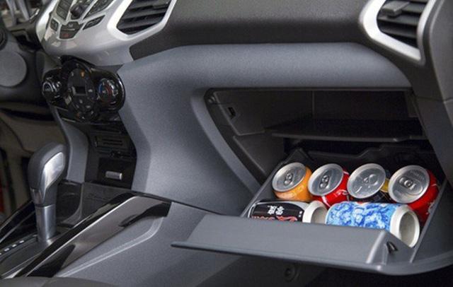 9 vật dụng tuyệt đối không nên để trong ô tô mùa nắng nóng, tránh tiền mất tật mang - Ảnh 5.