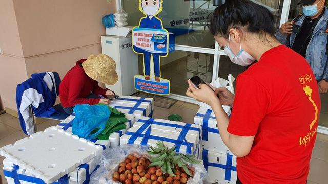Đà Nẵng chung tay hỗ trợ tiêu thụ nông sản cho bà con nông dân - Ảnh 3.