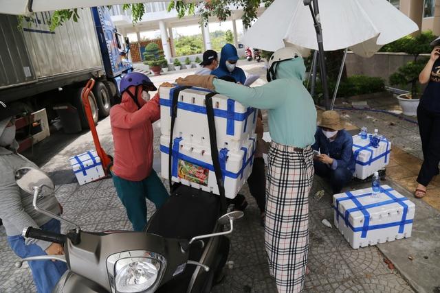 Đà Nẵng chung tay hỗ trợ tiêu thụ nông sản cho bà con nông dân - Ảnh 1.