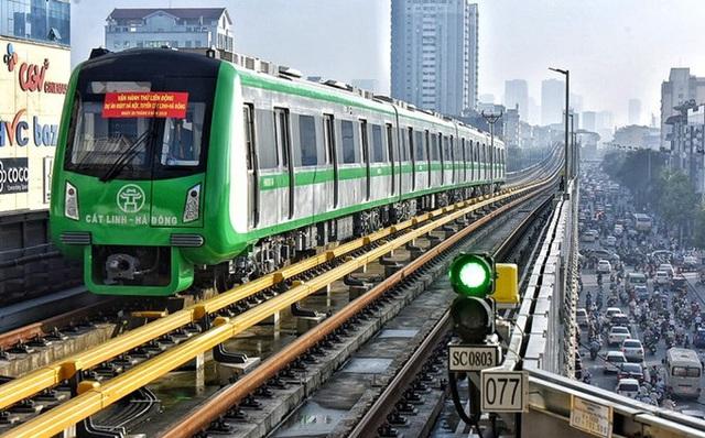 Hành khách tuyến đường sắt Cát Linh-Hà Đông được miễn tiền vé trong 15 ngày đầu tiên - Ảnh 1.