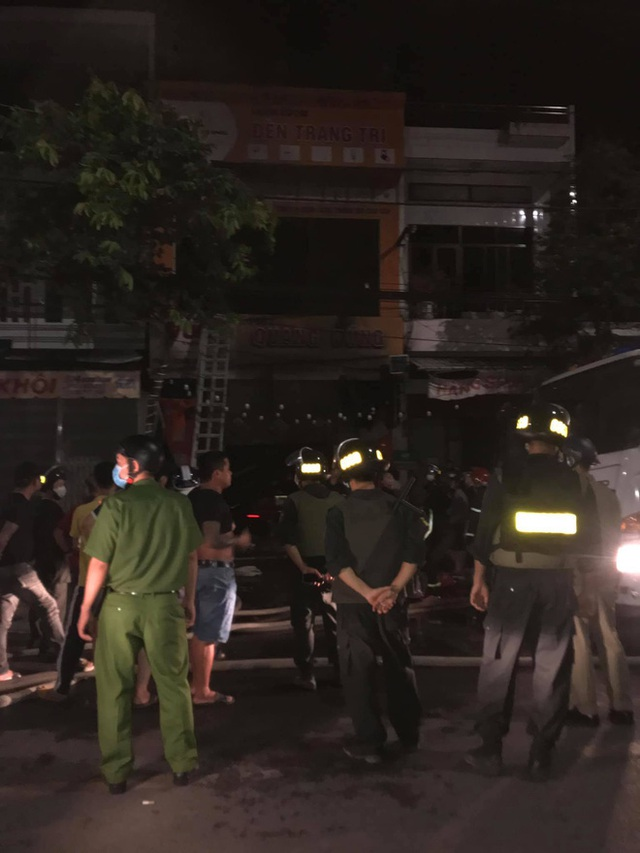 Quảng Ngãi: 4 người tử vong thương tâm trong vụ cháy cửa hàng điện - Ảnh 1.