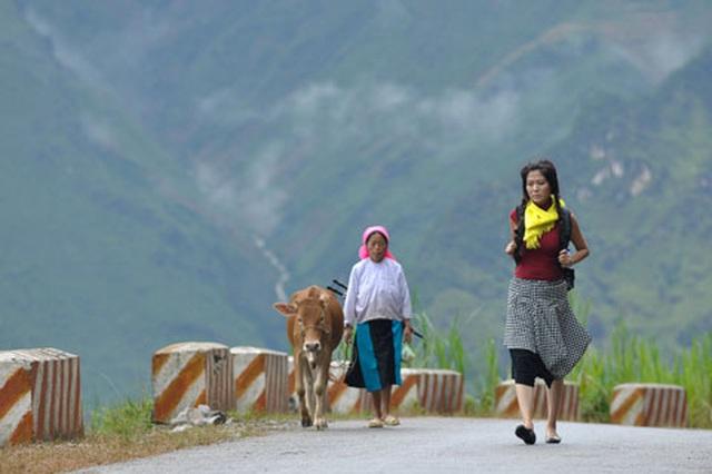 Xót xa phim của Hoa hậu Thu Thủy kể về đời mình: Cô gái tên Thủy đầy hoang mang, nhiều xung đột đi tìm cuộc sống vùng Đông Bắc - Ảnh 2.