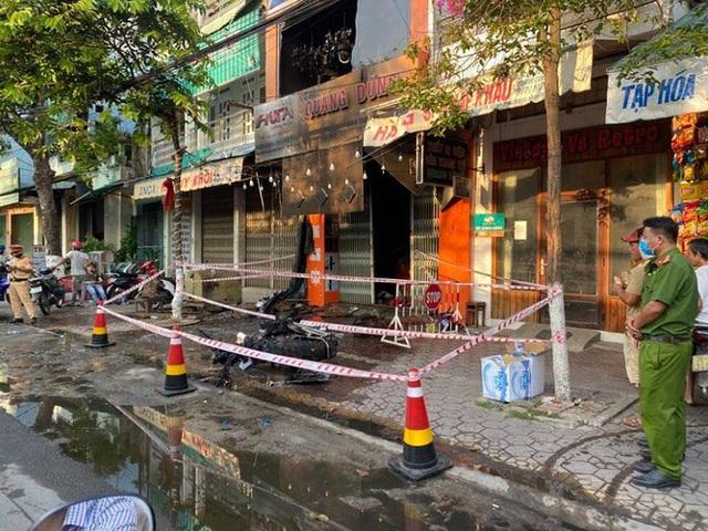 Quảng Ngãi: 4 người tử vong thương tâm trong vụ cháy cửa hàng điện - Ảnh 3.