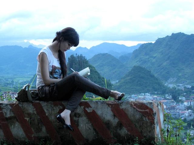 Xót xa phim của Hoa hậu Thu Thủy kể về đời mình: Cô gái tên Thủy đầy hoang mang, nhiều xung đột đi tìm cuộc sống vùng Đông Bắc - Ảnh 3.