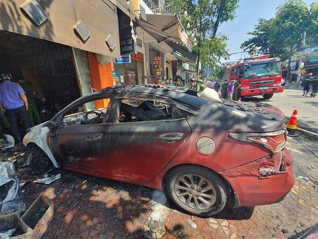 Ảnh: Hiện trường kinh hoàng vụ cháy nhà khiến cả gia đình 4 người chết thảm - Ảnh 8.