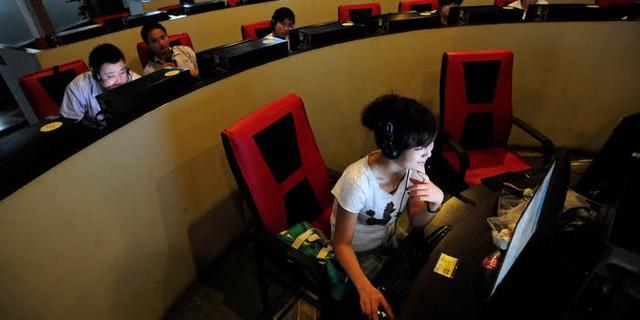 Khủng hoảng tuổi 35 trong giới công nghệ Trung Quốc: Hy sinh thanh xuân để bán mạng cho công ty, cuối cùng vẫn phải ngậm ngùi chịu cảnh đào thải vì hết đát - Ảnh 1.