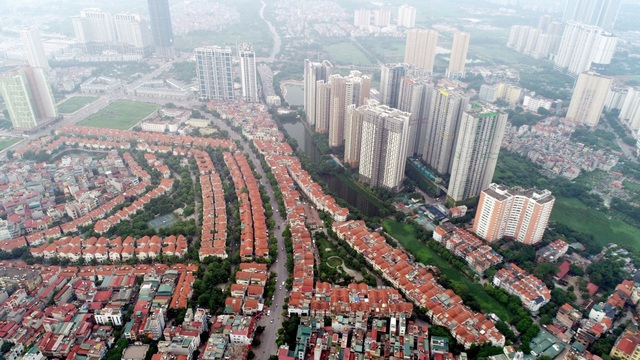 Giá bất động sản Hà Nội rẻ hơn TPHCM hút nhà đầu tư tay to trở về - Ảnh 2.