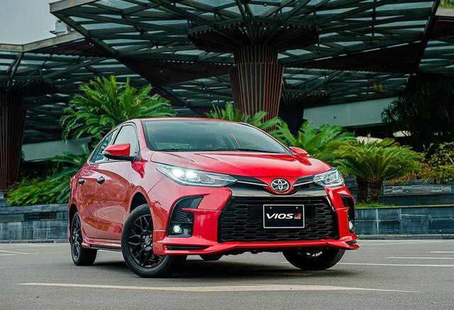 """Thị trường ô tô Việt đón bão giảm giá: Suzuki Ertiga chạm sàn, Subaru Forester """"bay màu"""" gần 160 triệu đồng - Ảnh 3."""