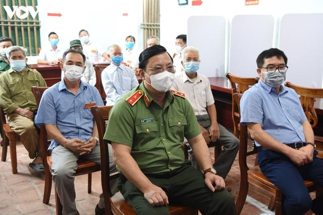 Sai phạm bầu cử ở Hà Nội: Không chỉ khai trừ đảng là xong  - Ảnh 1.