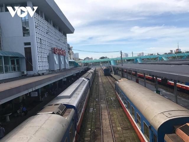 Đường sắt tốc độ cao sẽ ưu tiên làm trước 2 đoạn Hà Nội-Vinh và Nha Trang-TP.HCM?  - Ảnh 2.