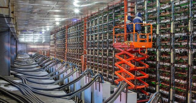 Thợ đào tiền mã hóa ở Trung Quốc bắt đầu tháo chạy, điên cuồng bán tháo thiết bị - Ảnh 2.