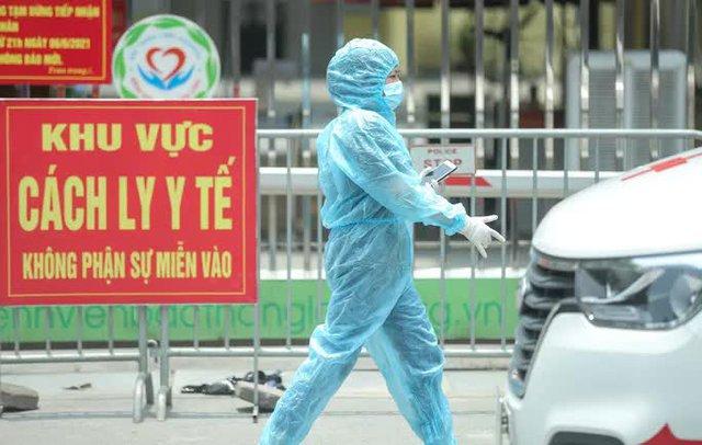 CLIP: Cận cảnh Bệnh viện Bắc Thăng Long ngừng tiếp nhận bệnh nhân do ca bệnh Covid-19  - Ảnh 8.