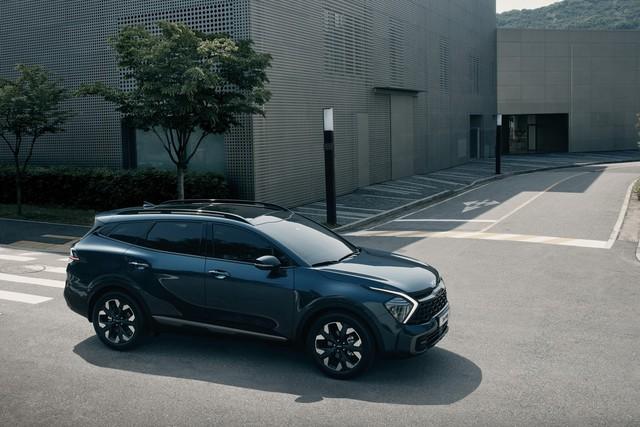 Kia Sportage 2022 ra mắt với kiểu dáng mới, nội thất nâng cấp hoàn toàn - Ảnh 4.
