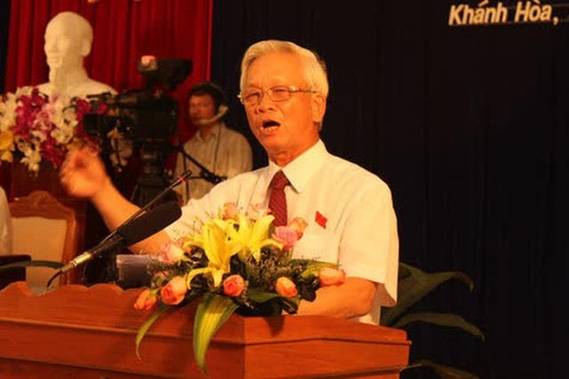 NÓNG: Bắt 2 cựu Chủ tịch tỉnh Khánh Hòa Lê Đức Vinh, Nguyễn Chiến Thắng - Ảnh 1.