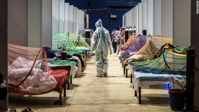 Ấn Độ trong những ngày tăm tối nhất: Phóng viên CNN chia sẻ những gì tận mắt chứng kiến về địa ngục Covid giữa làn sóng dịch bệnh thứ 2 - Ảnh 9.