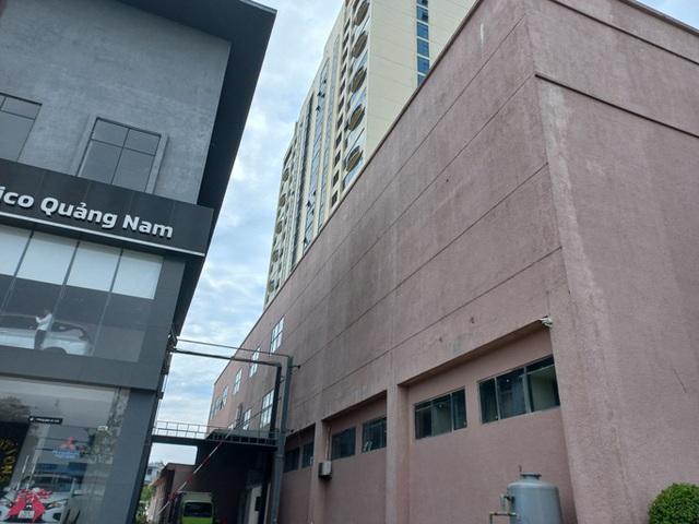 Trưởng phòng điện lực rơi từ tầng 17 khách sạn Mường Thanh có thể do tự tử - Ảnh 1.