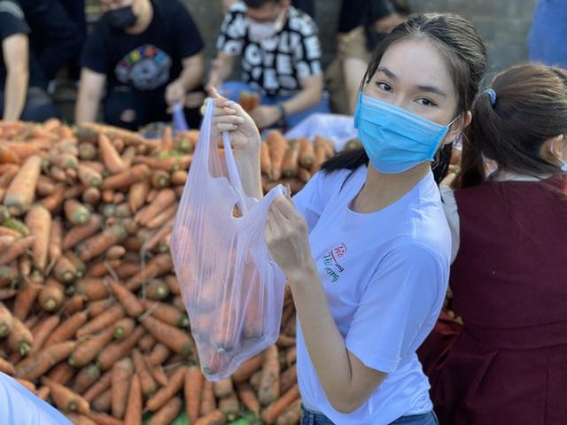 Xuân Bắc chốt 5000 đơn với 85 tấn hàng, chị Nguyệt thảo mai và dàn sao Vbiz nao nức nhập cuộc livestream giải cứu nông sản mùa dịch - Ảnh 11.