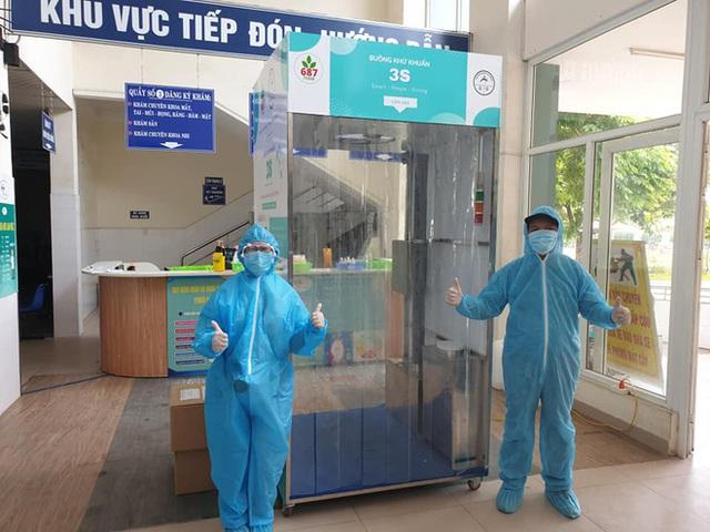 Bệnh nhân 687 trả ơn tuyến đầu đã trị khỏi Covid-19 cho mình: Chế tạo gần chục máy khử khuẩn và buồng khử khuẩn tặng cho các bệnh viện - Ảnh 15.