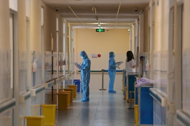 Hướng dẫn mới nhất của Bộ Y tế về cách ly F1, xét nghiệm cho người dân TP HCM  - Ảnh 2.