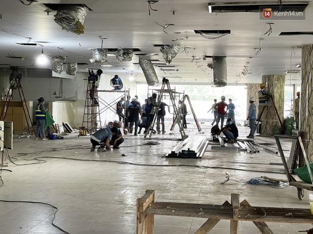 Toàn cảnh bên trong Thuận Kiều Plaza đang thi công chuyển đổi thành bệnh viện dã chiến 1.000 giường bệnh - Ảnh 2.