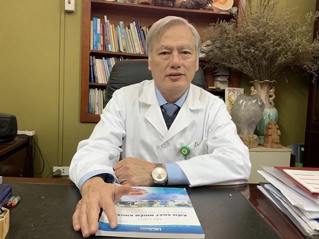 Giả mạo nhân viên y tế, lừa đảo người dân tiêm vắc xin giả ở TP Hồ Chí Minh: Những nguy cơ khôn lường - Ảnh 1.