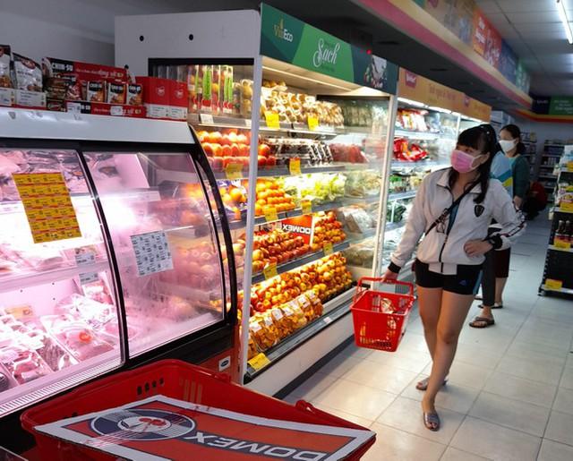 Nhiều doanh nghiệp kinh doanh hàng hóa thiết yếu ở Cần Thơ 'kêu cứu' - Ảnh 2.