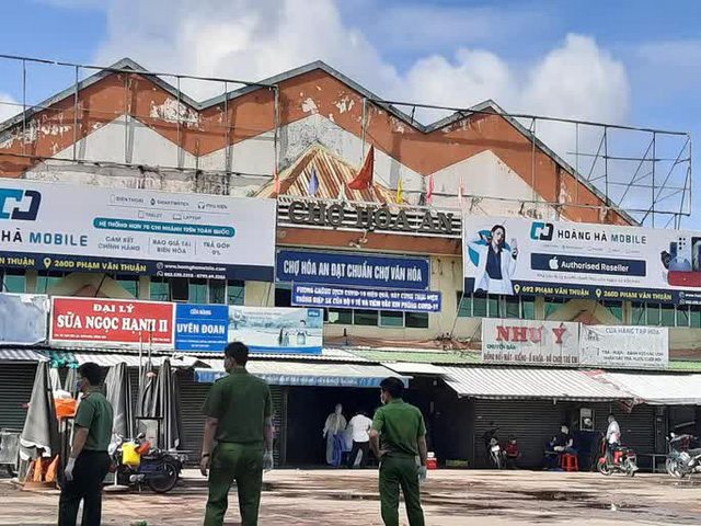 Đồng Nai tạm dừng hoạt động 5 chợ lớn  - Ảnh 1.