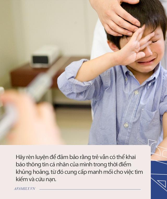 Bị lạc đường lúc nửa đêm, cậu bé 4 tuổi trở về an toàn nhờ nhớ đến kỹ năng mẹ dạy, rất đáng để các phụ huynh học hỏi - Ảnh 3.