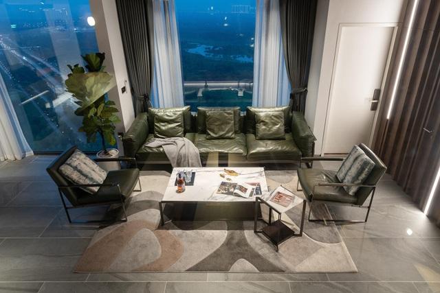 Vợ chồng trẻ thiết kế penthouse 300m2 đủ sân vườn, ao cá, hợp phong thủy trên tầng 30: Ngôi nhà đàng hoàng tức là không gian sống xanh, sạch, thoáng, phục vụ cho cuộc sống gia đình - Ảnh 4.