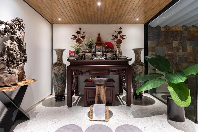 Vợ chồng trẻ thiết kế penthouse 300m2 đủ sân vườn, ao cá, hợp phong thủy trên tầng 30: Ngôi nhà đàng hoàng tức là không gian sống xanh, sạch, thoáng, phục vụ cho cuộc sống gia đình - Ảnh 25.
