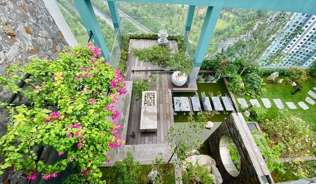 Vợ chồng trẻ thiết kế penthouse 300m2 đủ sân vườn, ao cá, hợp phong thủy trên tầng 30: Ngôi nhà đàng hoàng tức là không gian sống xanh, sạch, thoáng, phục vụ cho cuộc sống gia đình - Ảnh 22.