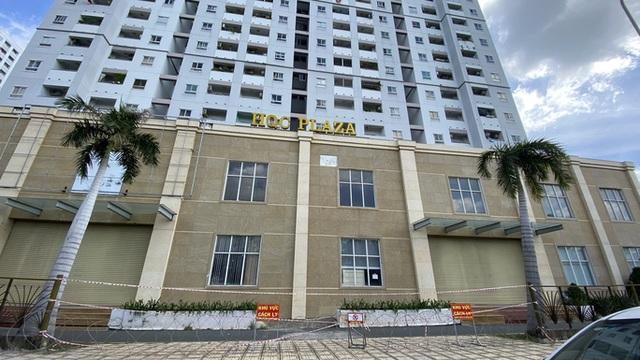 Phong tỏa lần 3 chung cư HQC Plaza Bình Chánh do có 4 ca mắc Covid-19  - Ảnh 2.