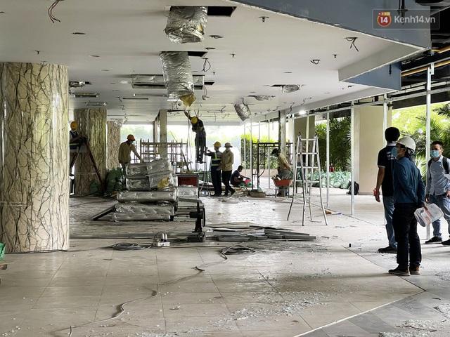 Toàn cảnh bên trong Thuận Kiều Plaza đang thi công chuyển đổi thành bệnh viện dã chiến 1.000 giường bệnh - Ảnh 3.