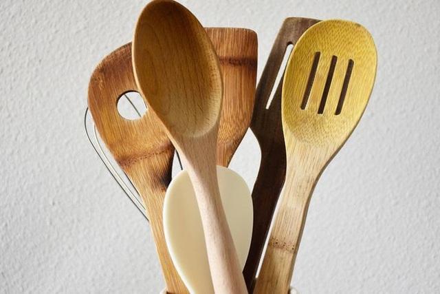 7 đồ vật trong căn bếp cần được vệ sinh thường xuyên nếu không sẽ trở thành ổ vi khuẩn, thế nhưng hầu hết mọi người đều bỏ quên - Ảnh 3.